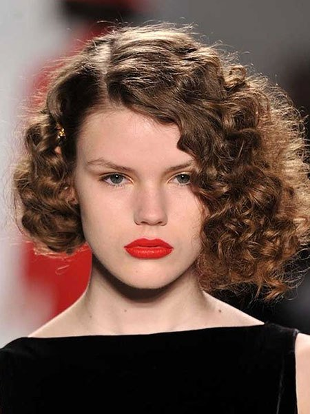 The Best Short Hairstyles For Curly Hair Short Hairstyles 2018 Pictures