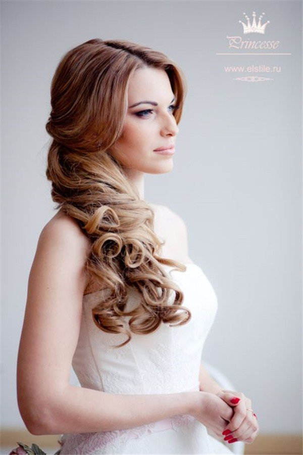 The Best One Side Half Up Hairstyle For Wedding Pictures