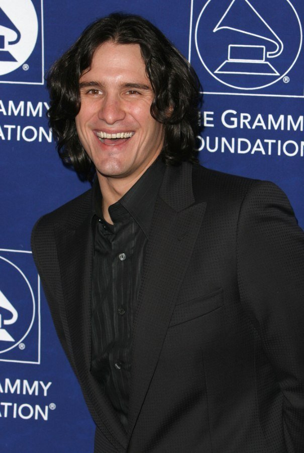 The Best Joe Nichols Sporting A Long Layered Hairstyle With Curls Pictures