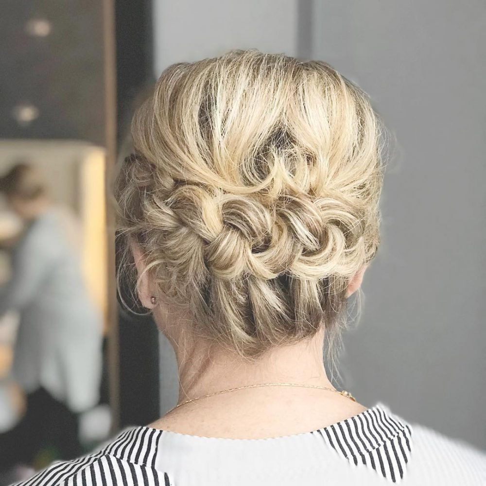 The Best Mother Of The Bride Hairstyles 24 Elegant Looks For 2018 Pictures