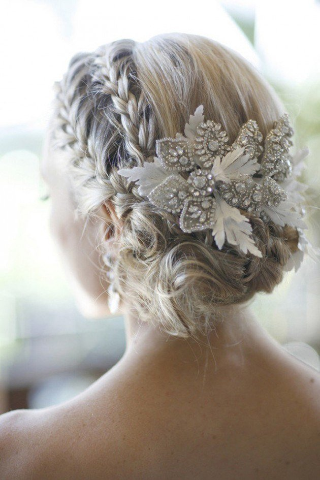 The Best 10 Stunning Bridal Hairstyles For Winter Weddings Pictures