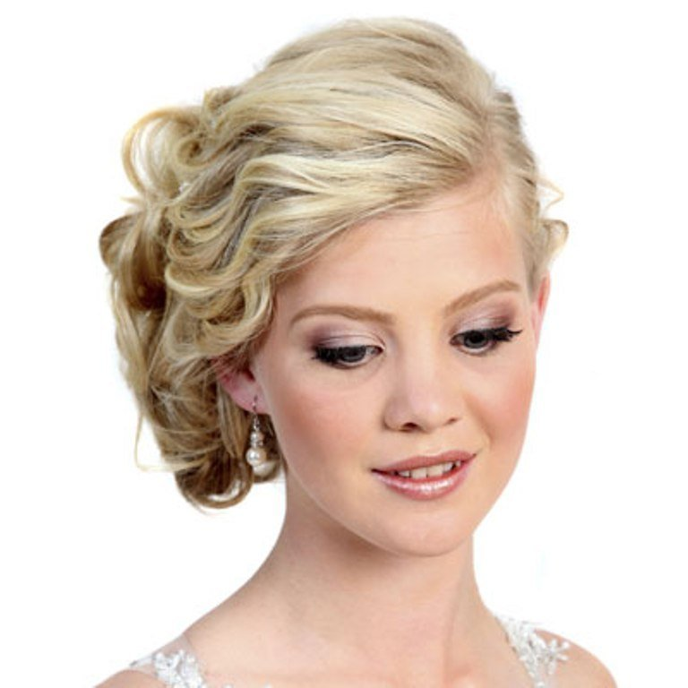 The Best Prom Medium Hairstyles 2016 2019 Haircuts Hairstyles Pictures