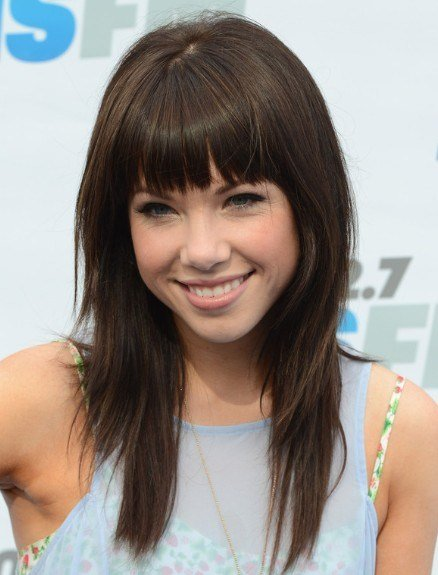 The Best Carly Rae Jepsen Blunt Bangs Hairstyles For Straight Hair Pictures
