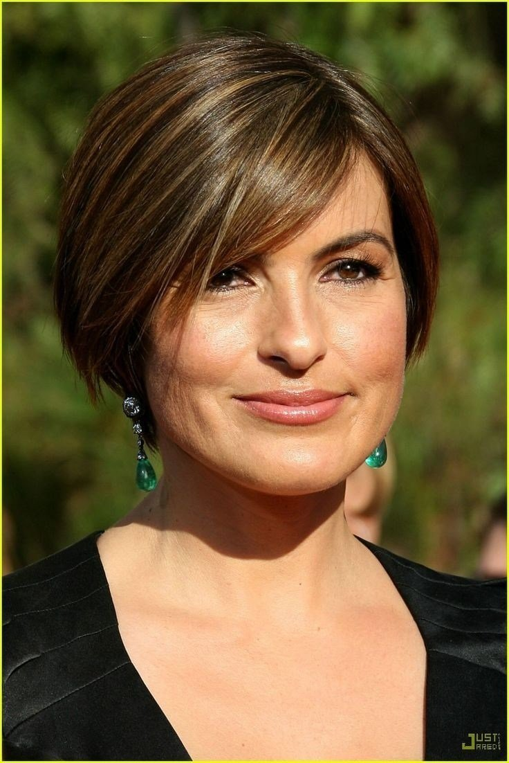The Best 12 Short Hairstyles For Round Faces Women Haircuts Pictures