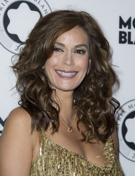 The Best Teri Hatcher Hairstyles Popular Haircuts Pictures