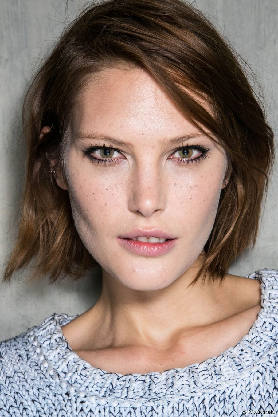 The Best Short Wavy Bob Hairstyles Inspiration Photos Pictures
