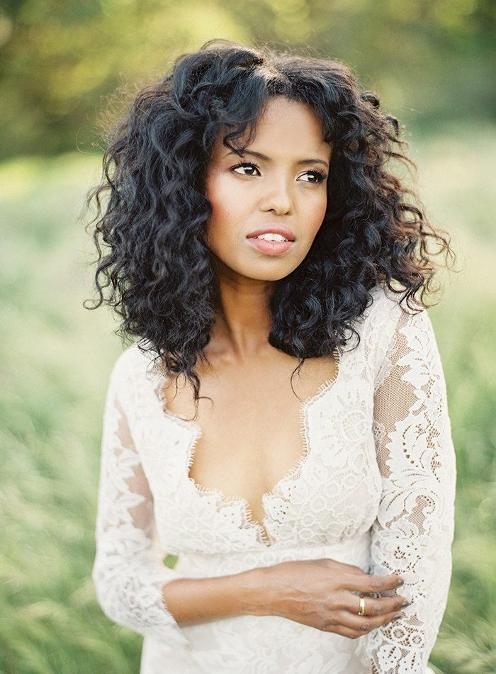 The Best 33 Modern Curly Hairstyles That Will Slay On Your Wedding Day Pictures