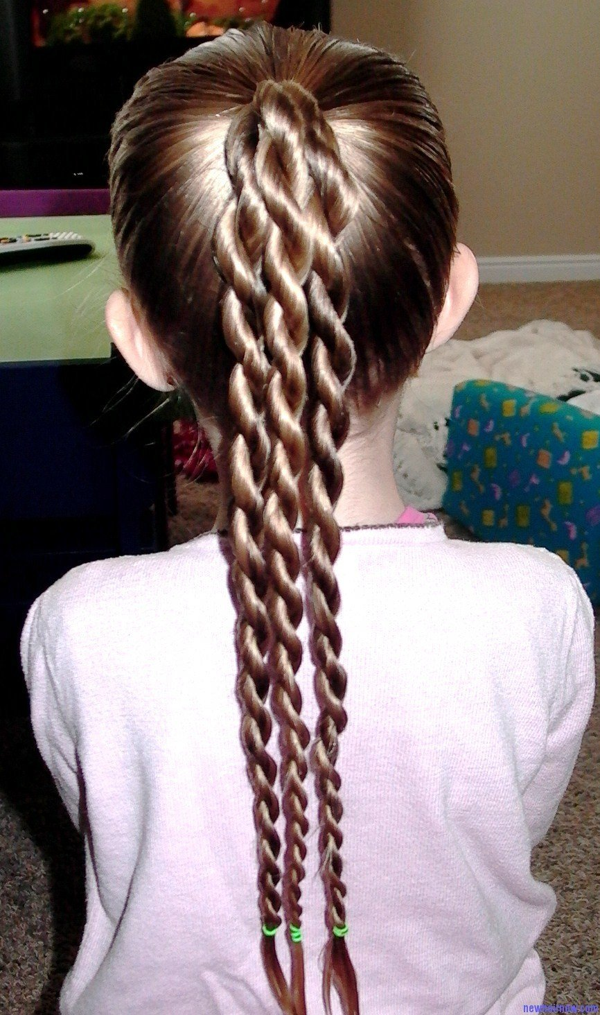 The Best Two Ponytails Girl Hairstyle – New Hair Now Pictures