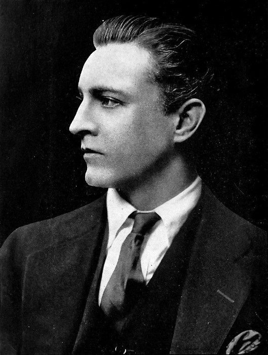 The Best 1920S Hairstyles For Men Classy Cuts Topped With A Hat Pictures