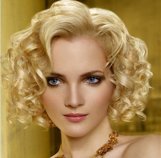 The Best Curly Hairstyles Medium Length Hair Woman Fashion Pictures