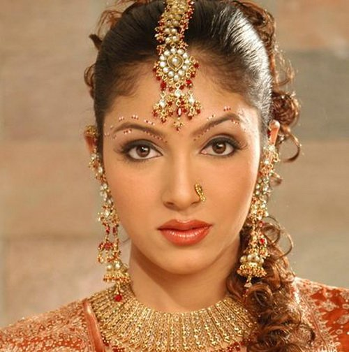 The Best Indian Wedding Hairstyles And Bridal Makeup Topix Pictures
