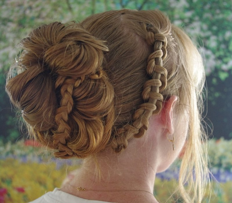 The Best Braids Hairstyles For Super Long Hair Chain Braid Updo Pictures