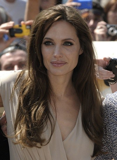 The Best Angelina Jolie Beauty Riot Pictures