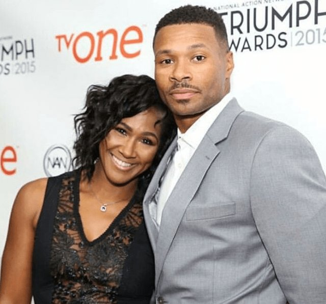 The Best Terri J Vaughn And Husband Short Hairstyle 2013 Pictures