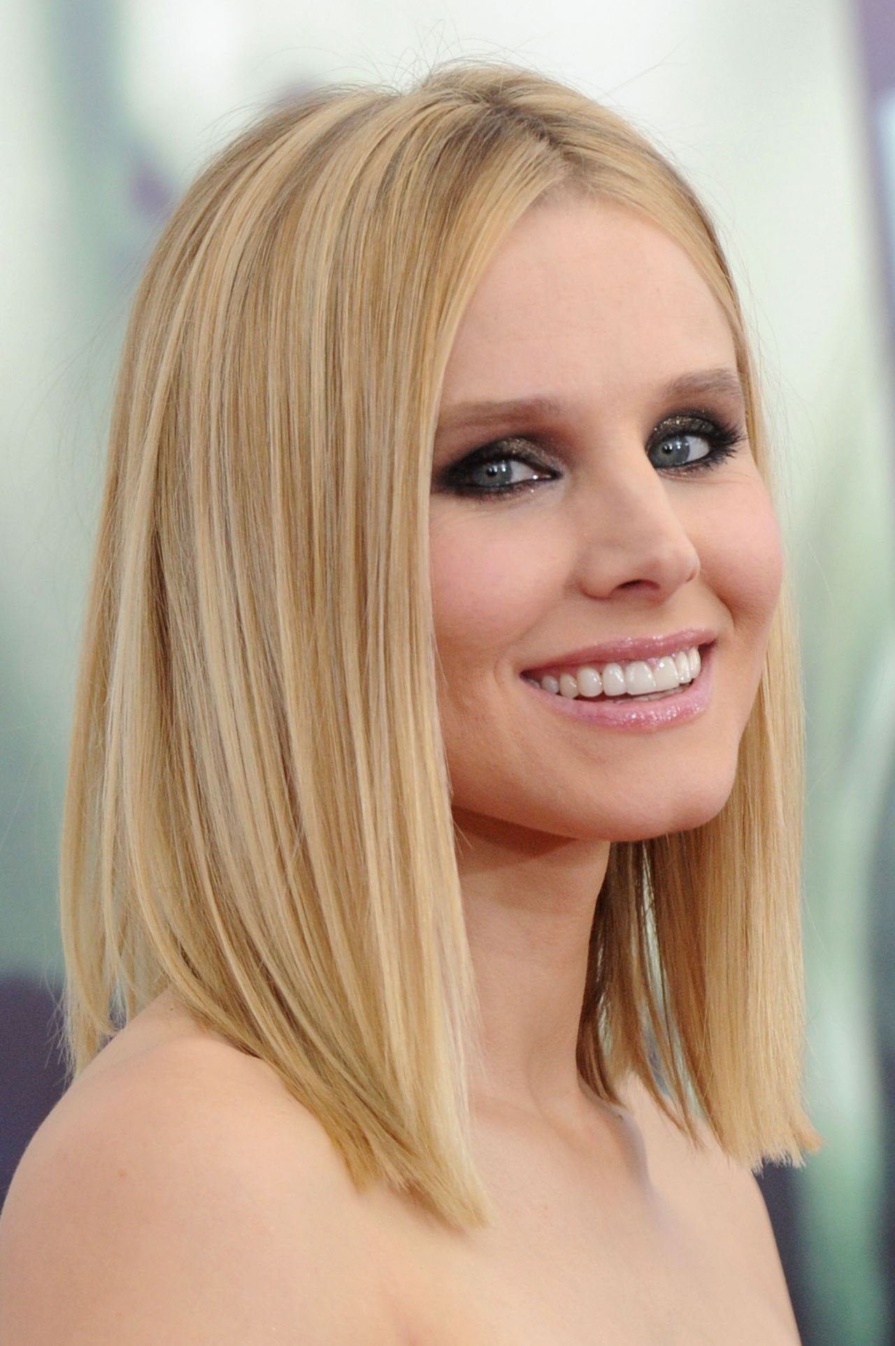 The Best Kristen Bell On Red Carpet Veronica Mars Screening In Pictures