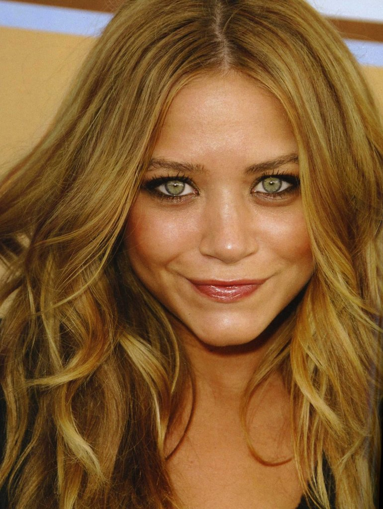 The Best Fashion Hairstyles Loves Best Dark Blonde Hair Color Ideas Pictures