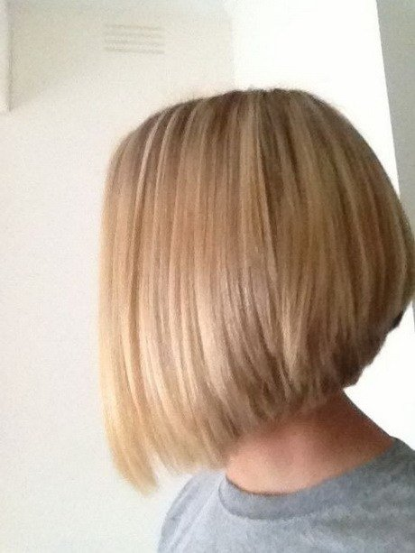 The Best Stacked Medium Length Haircuts Pictures