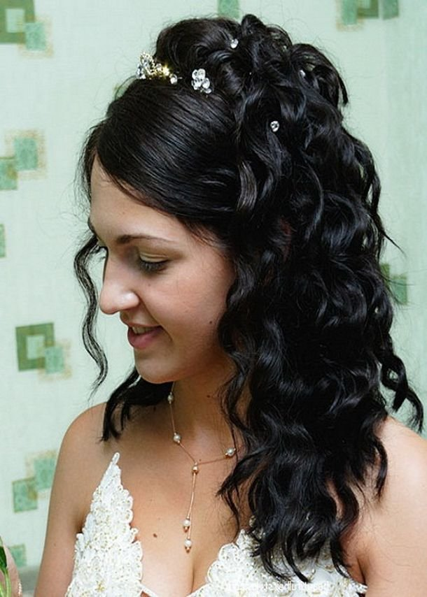 The Best Wedding Curly Hairstyles – 20 Best Ideas For Stylish Brides The Xerxes Pictures