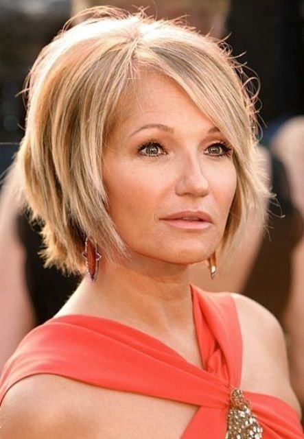 The Best Hairstyles For Middle Aged Women – Latest Hairstyle In 2019 Pictures