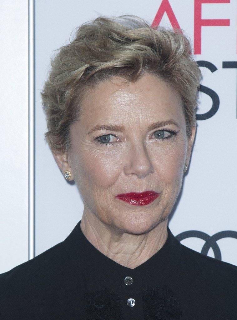 The Best Annette Bening Messy Cut Annette Bening Looks Stylebistro Pictures