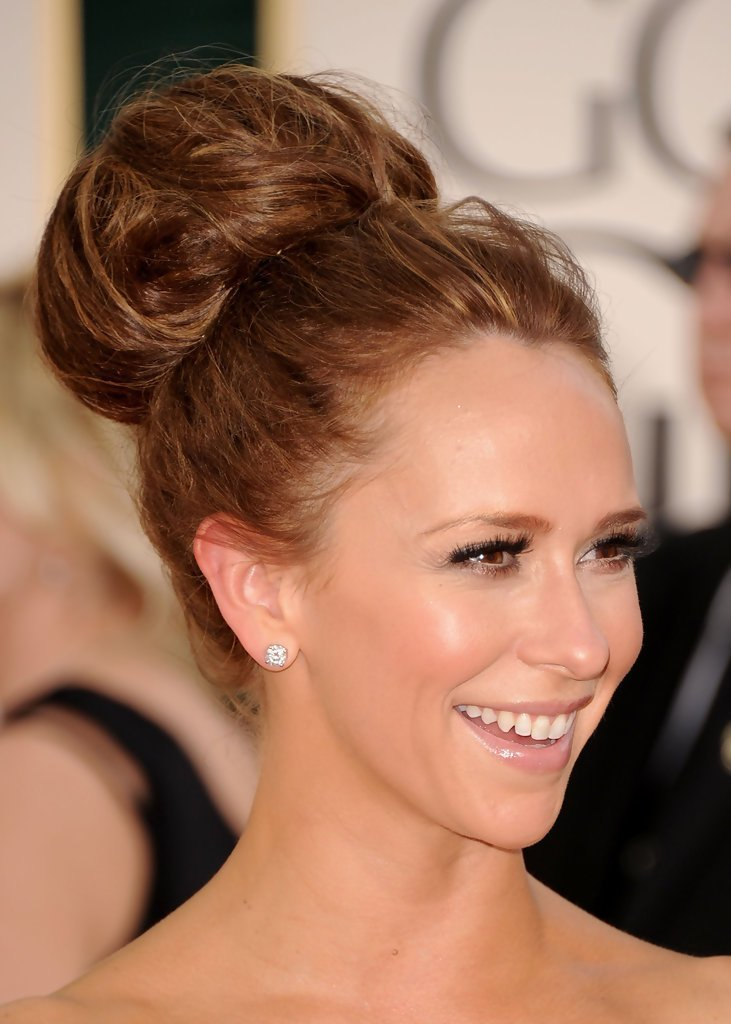 The Best Jennifer Love Hewitt Messy Updo Messy Updo Lookbook Pictures
