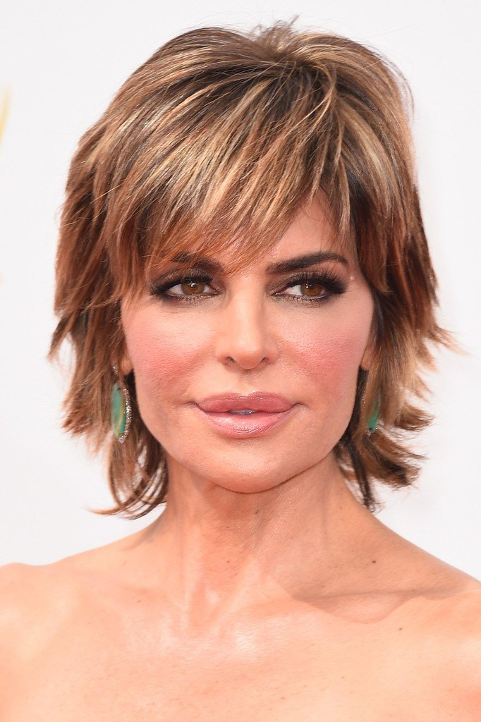 The Best Lisa Rinna Layered Razor Cut Hair Lookbook Stylebistro Pictures