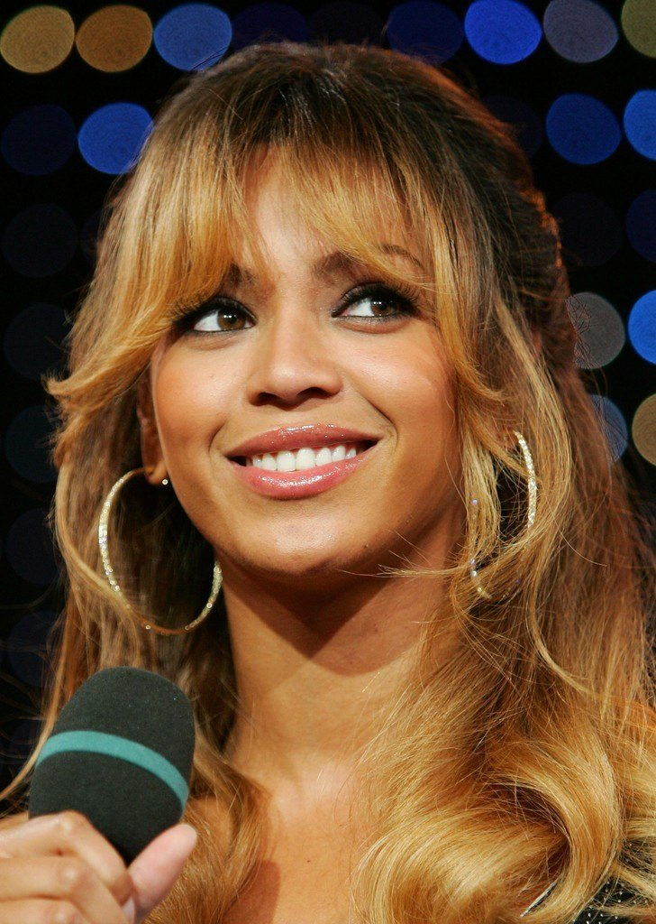 The Best More Pics Of Beyonce Knowles Long Wavy Cut With Bangs 9 Pictures