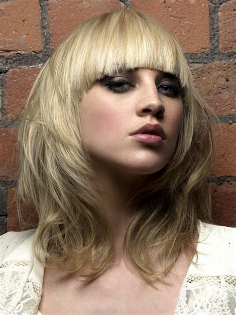 The Best Chic Medium Haircuts For Women Wardrobelooks Com Pictures