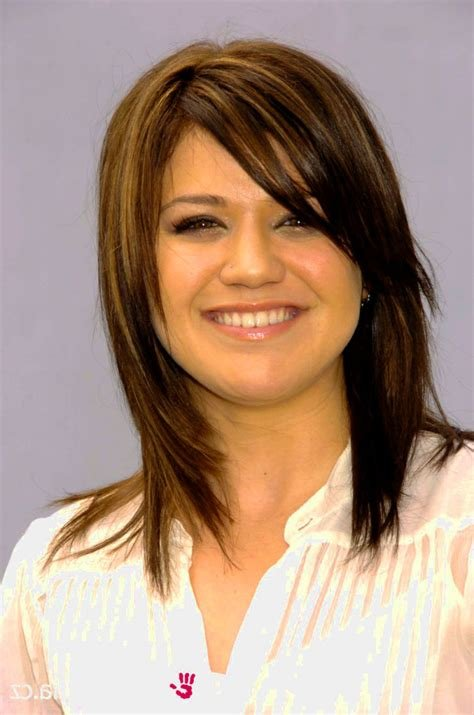 The Best Kelly Clarkson Hairstyle Hairjos Com Pictures