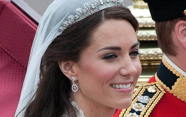 The Best Pix Pub Secrets Of Kate Middleton S Wedding Hair Style Pictures