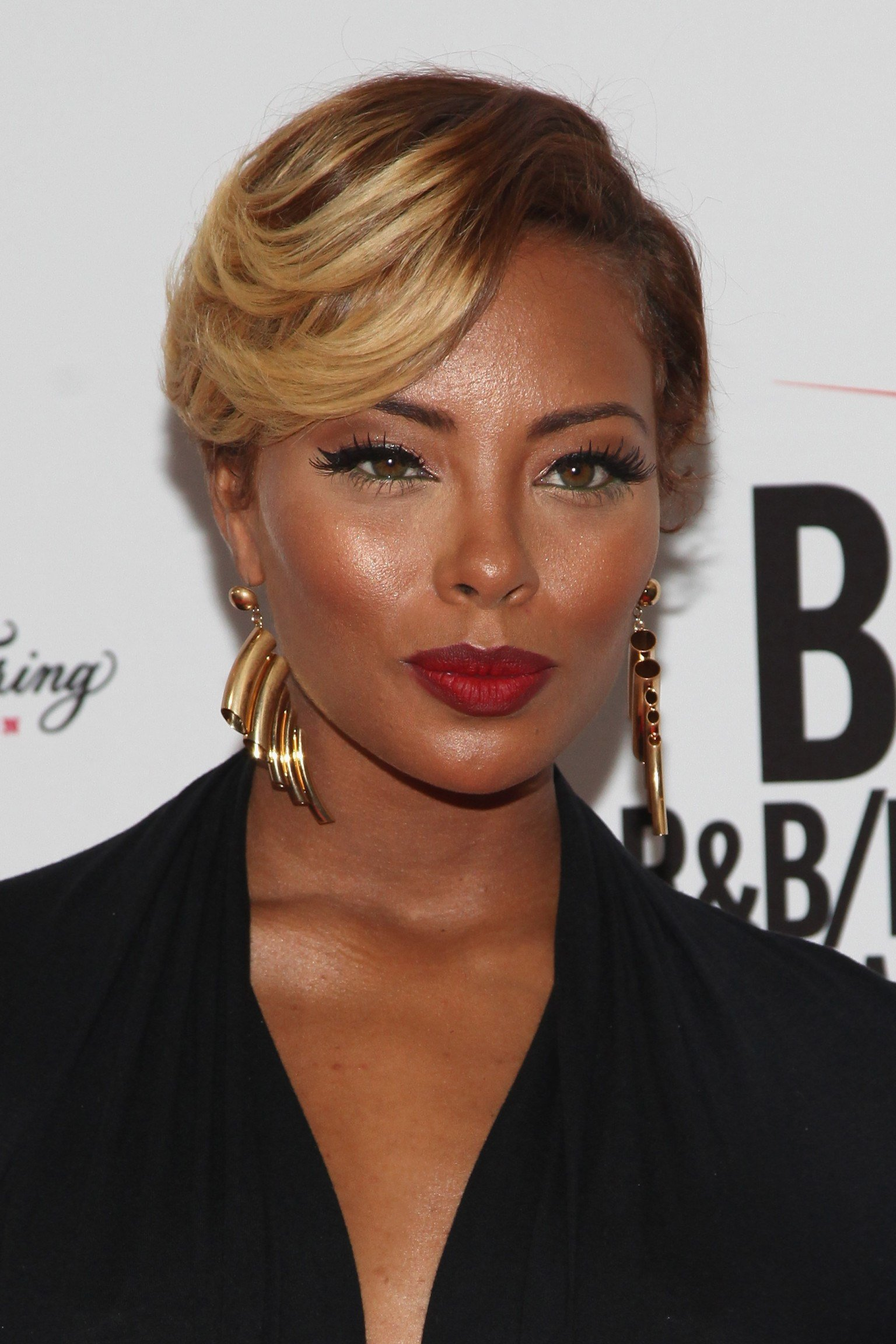 The Best Eva Marcille Expecting First Child Pictures