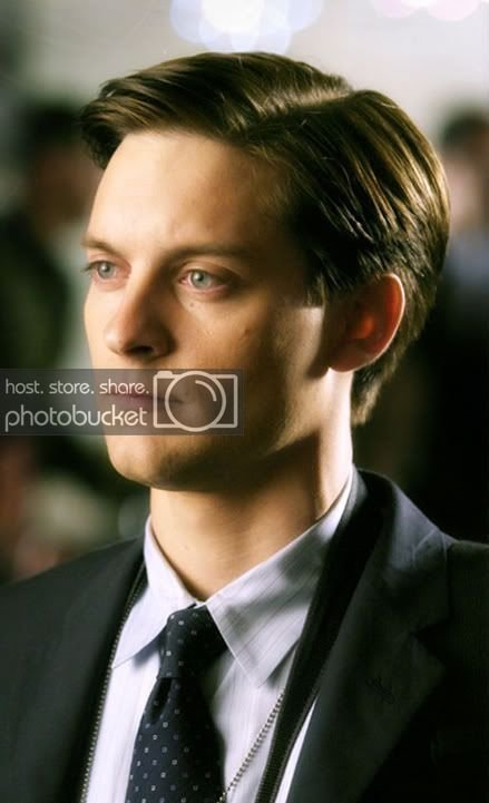 The Best Tobey Maguire Short Hairdo – Cool Men S Hair Pictures