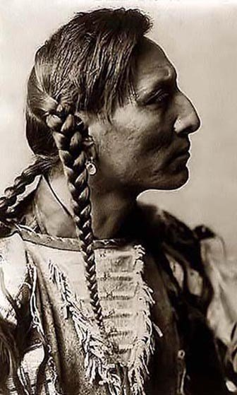 The Best Try Braided Hairstyles Influenced By Native American Pictures