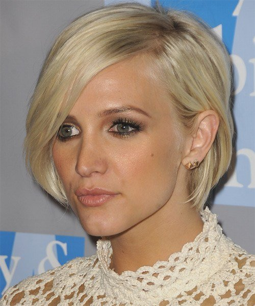 The Best Ashlee Simpson Short Straight Casual Layered Bob Hairstyle Pictures
