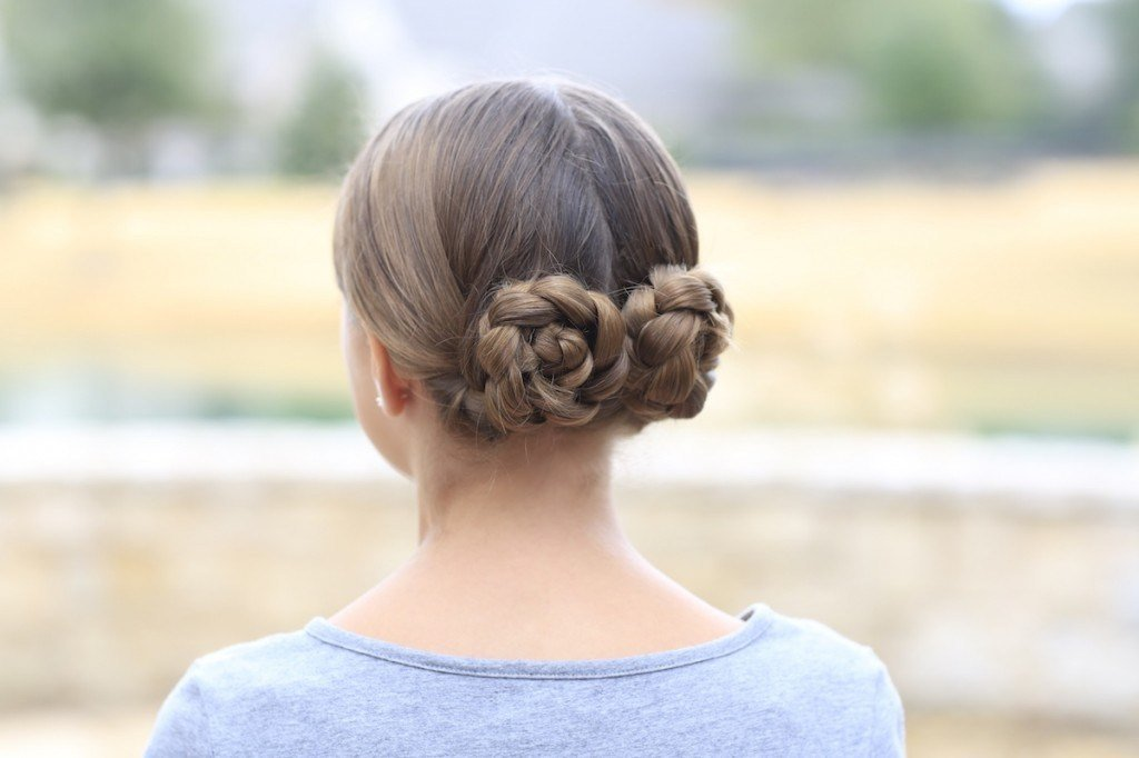 The Best Prim S Braided Bun Updo Mockingjay Hairstyles Cute Pictures