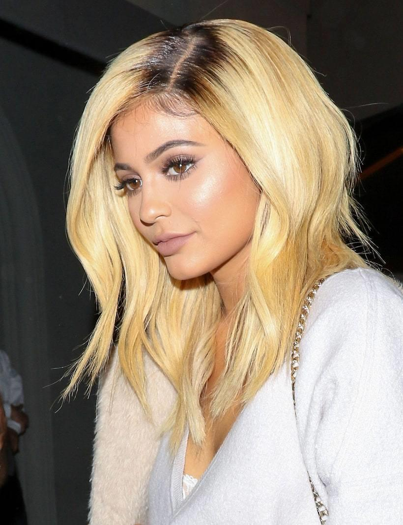 The Best Medium Length Blonde Wig See All Of Kylie Jenner S Most Pictures