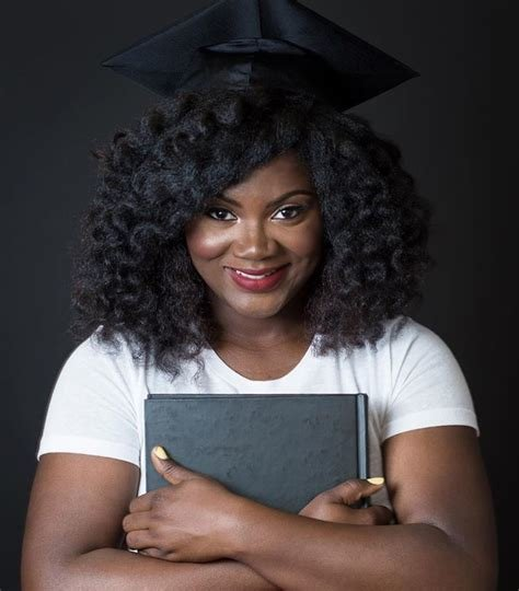 The Best Top Ways To Slay In Your Graduation Cap With Natural Hair Essence Com Pictures