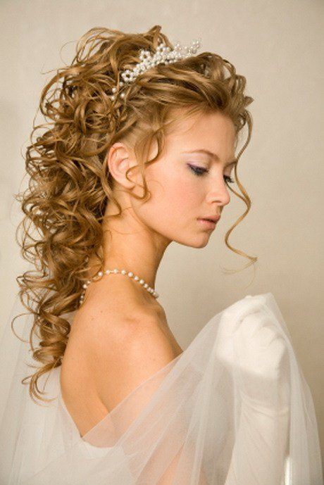 The Best Wedding Hairstyles For Long Hair With Tiara Pictures