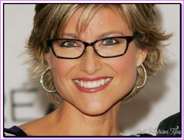 The Best Short Hairstyles For Women Over 50 With Glasses Pictures