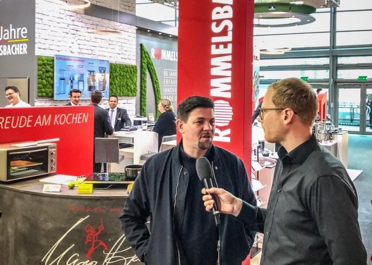 4-ambiente-2018-Tim-Maelzer-Rommelsbacher-Messestand