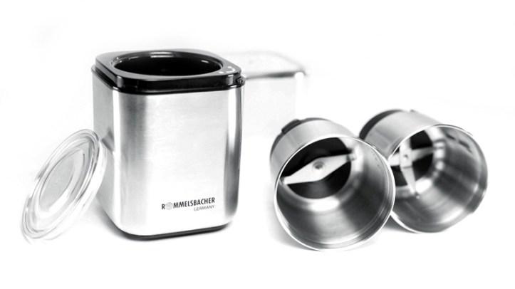 Gewürz- und Kaffeemühle aus Edelstsahl mit zwei Mahlbehältern - zerlegt