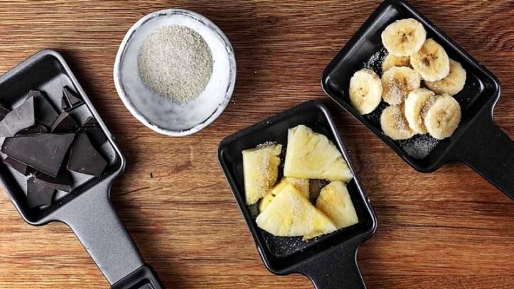 Raclettepfännchen mit Obst, Schokolade und Zucker RC 1600 Rommelsbacher - Pancake-Obst Raclette mit dem Testsieger