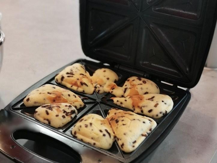 Kleine Kuchen im Sandwichmaker