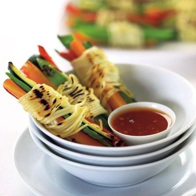 Knusprige Nudel-Gemüsebündel - Nr 4 von 5 asiatische Grillrezepte - Grillen im Asia Style