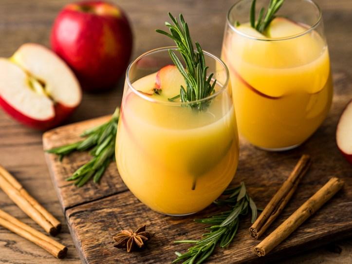 Apfelpunsch aus Apfelsaft
