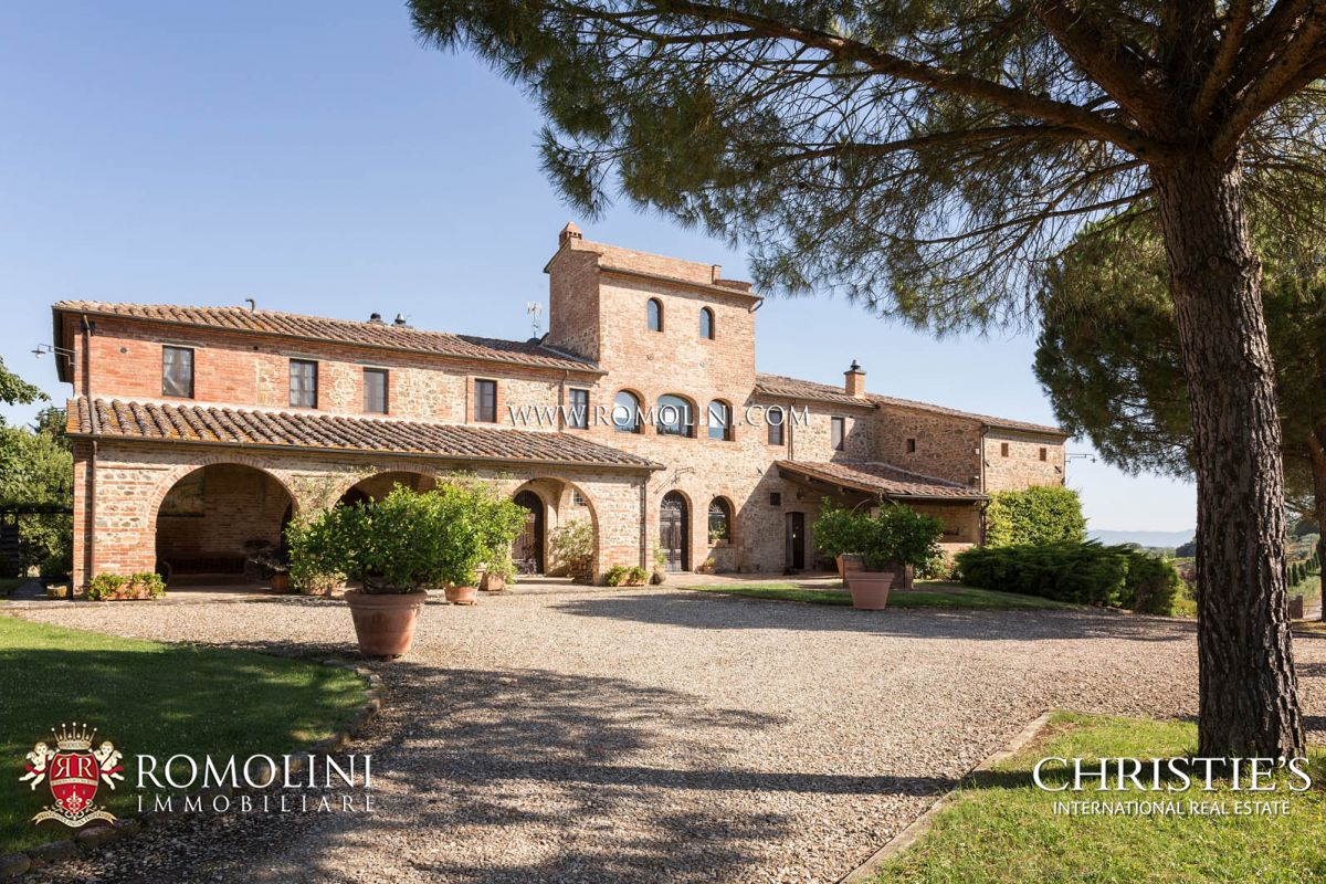 Farmhouse Country House In Italy For Sale Tuscany And Umbria