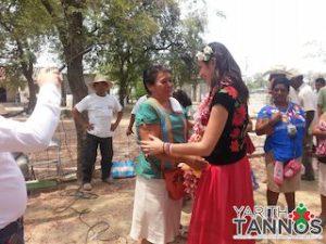 YARITH TANNOS LES BRINDÓ APOYOS A LAS COMERCIANTES DEL MERCADO PÚBLICO PARA EVITAR QUE LAS LLUVIAS AFECTEN SUS PRODUCTOS