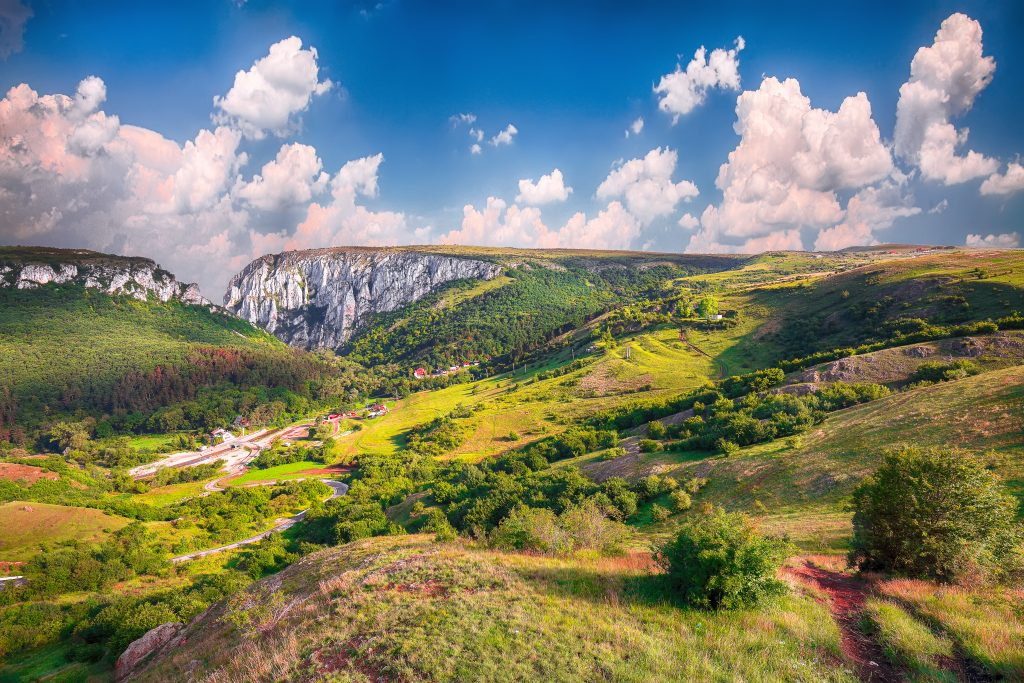 turda gorge cheile turzii is a natural reserve wit WV5XFXQ
