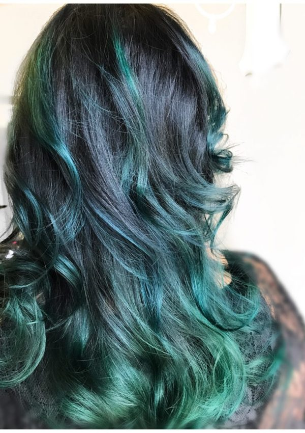 40 Plus Beauty, Hair
