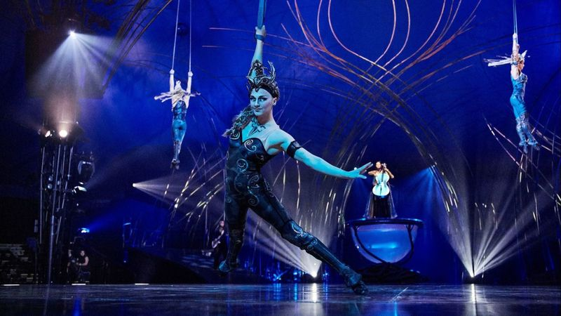 Cirque du Soleil's Amaluna is just as fabulous as all of their other shows with one delightful twist ~ this show highlights the beauty and power of women
